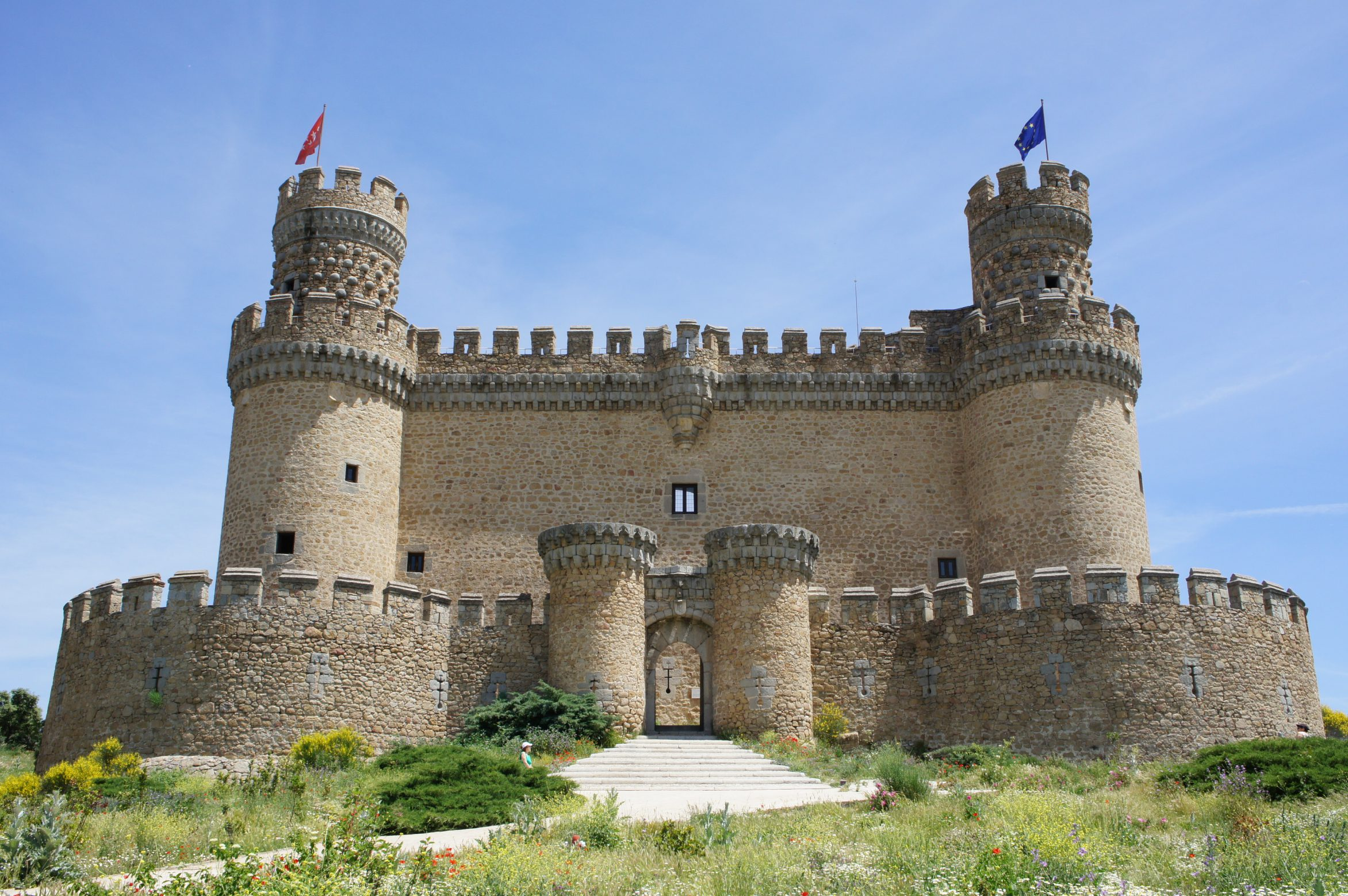 Vista al castillo de Los Mendoza